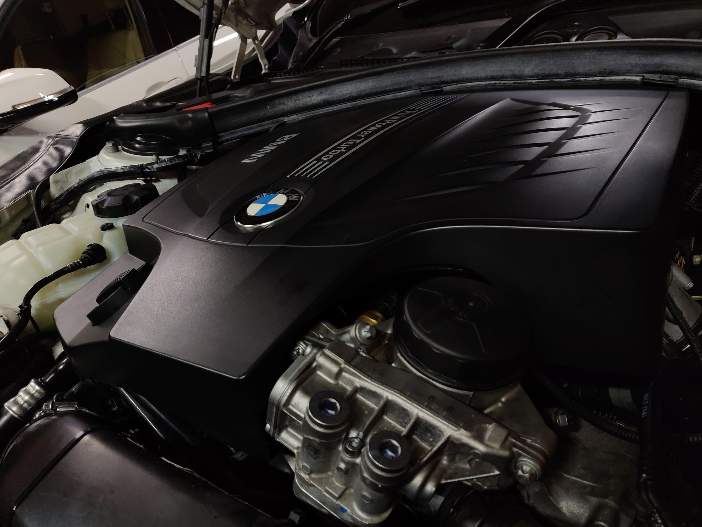 【BMWのメンテナンス】BMWのエンジンオイルの最適な交換時期