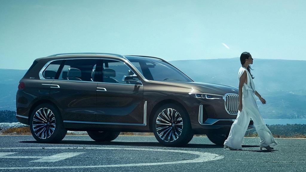 BMW 新型 X7車両写真