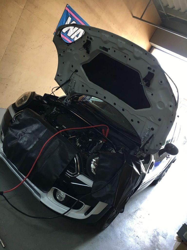 【MINIの整備】MINI F60 COOPER SDのバッテリー交換による整備